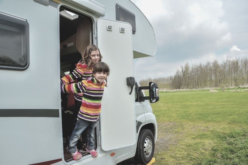 Tips for a pleasant caravanning trip with your kids